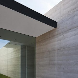 Macedon rammed earth house